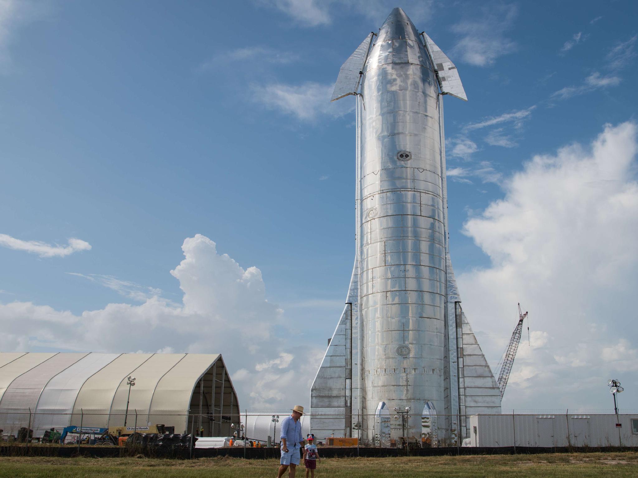 SpaceX Unveils New Starship Design