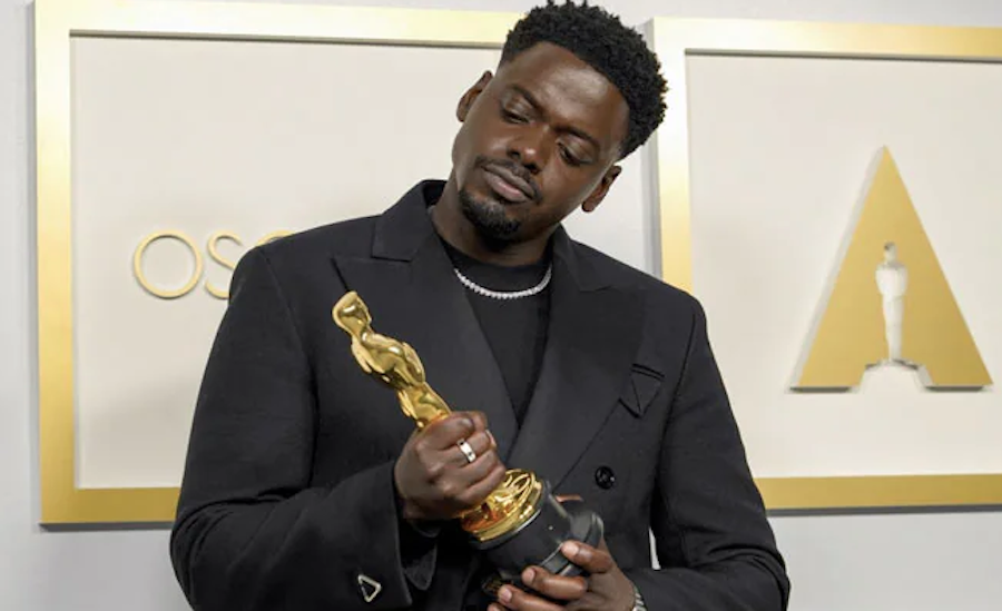 """Daniel Kaluuya Wins Best Supporting Actor Oscar for 'Judas and the Black Messiah"""""""