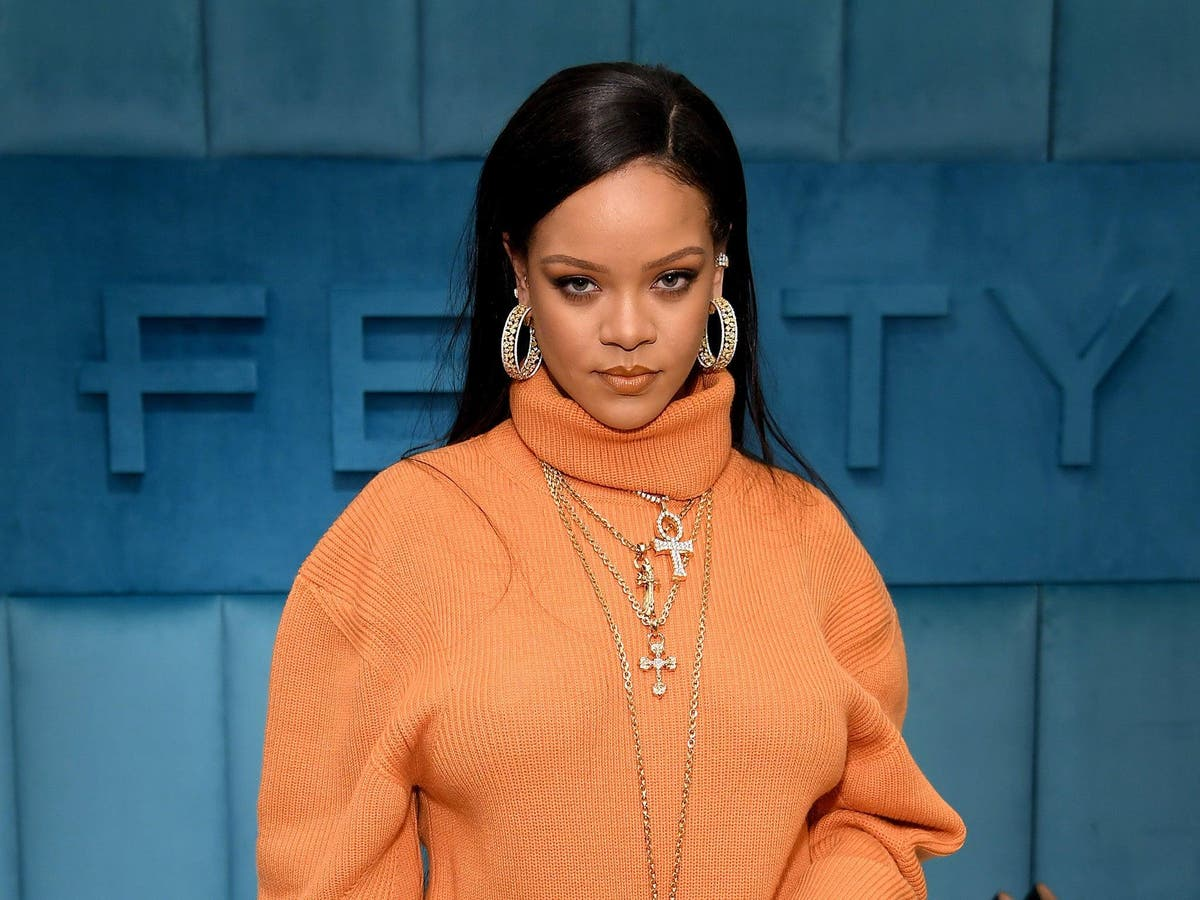 """Rihanna Officially a Billionaire, Named """"Richest Female Musician"""" by Forbes"""
