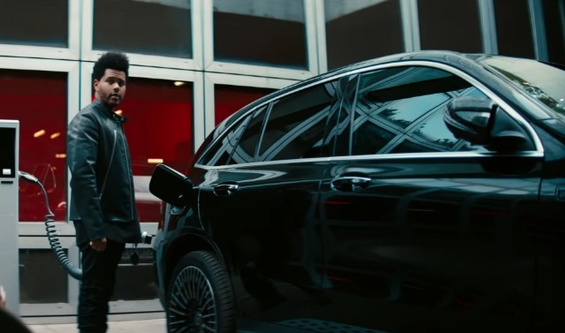 """Mercedes Benz Release Commercial for """"Blinding Lights"""" featuring THe Weeknd"""